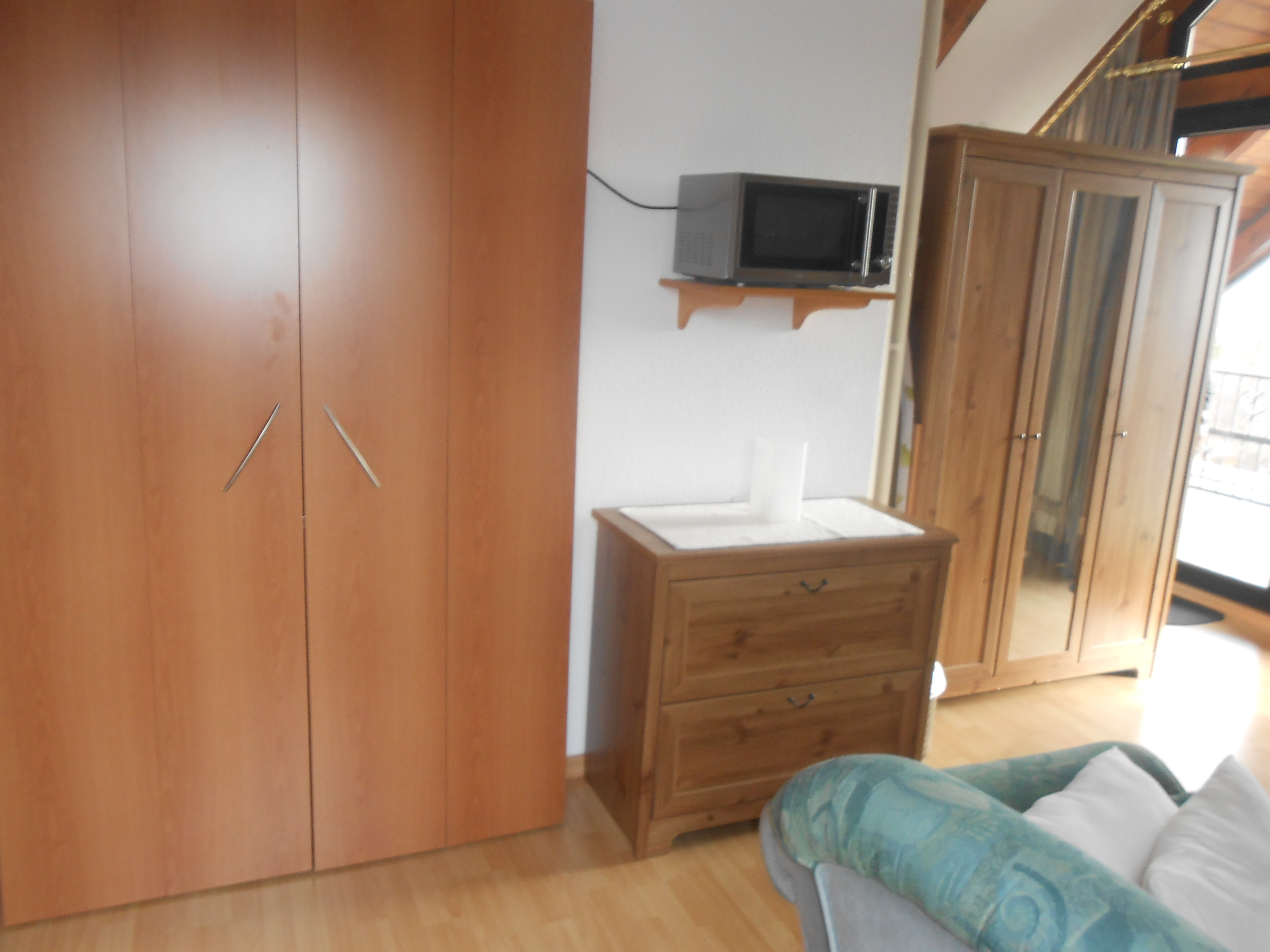 trebur astheim wochenendheimfahrer gesucht m blierte 1 2 zi whg zu vermieten kaltmiete 495. Black Bedroom Furniture Sets. Home Design Ideas