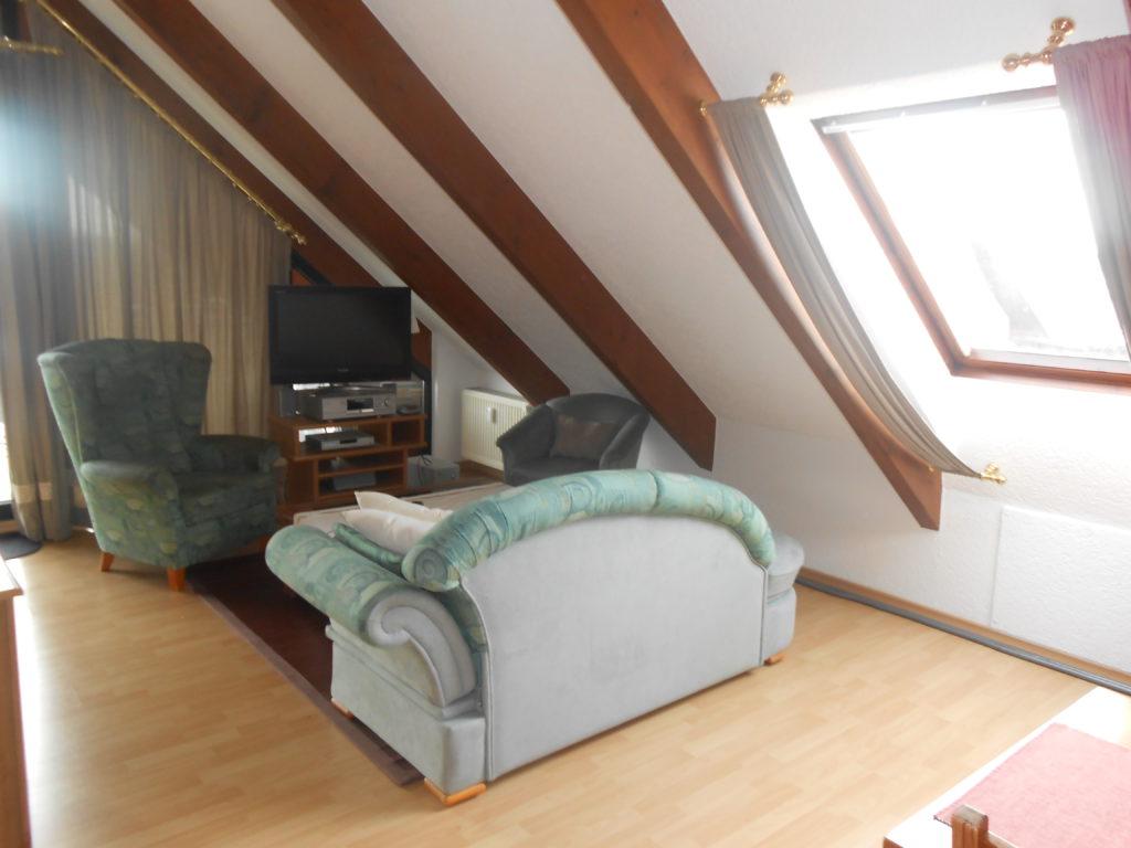 trebur astheim 1 2 zi wochenendheimfahrer whg mit. Black Bedroom Furniture Sets. Home Design Ideas