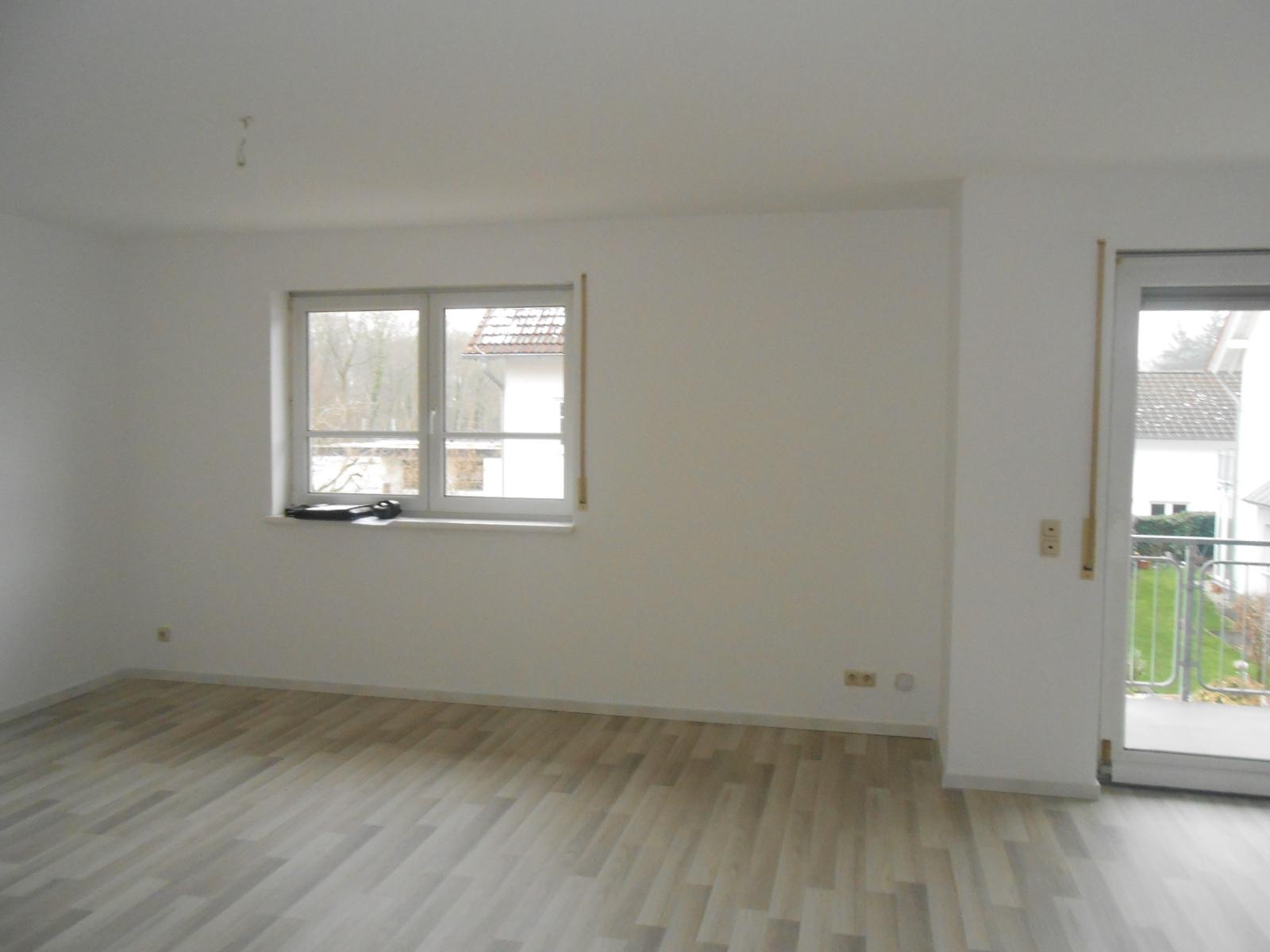 64331 weiterstadt ot moderne 3 zi etw mit fu bodenhzg. Black Bedroom Furniture Sets. Home Design Ideas